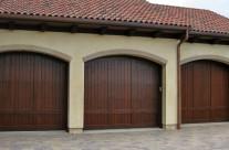 Garage & Trellis 19